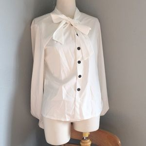 Tops - Pussy bow white blouse